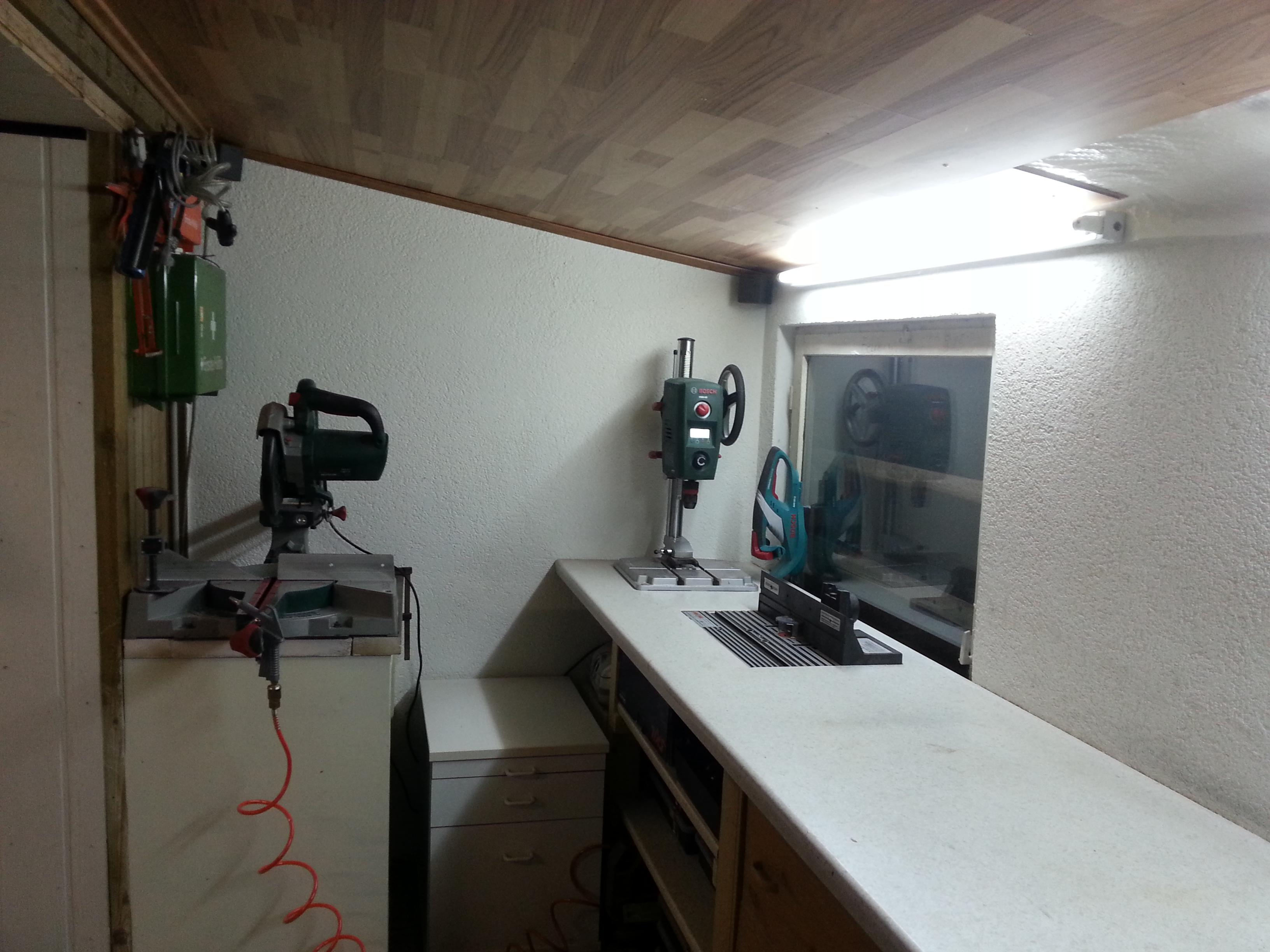 selbst gebaute Werkstatt