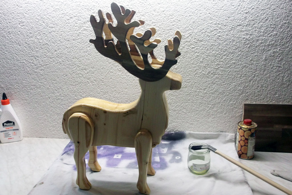Rentier bauen Wehnachtsdekoration
