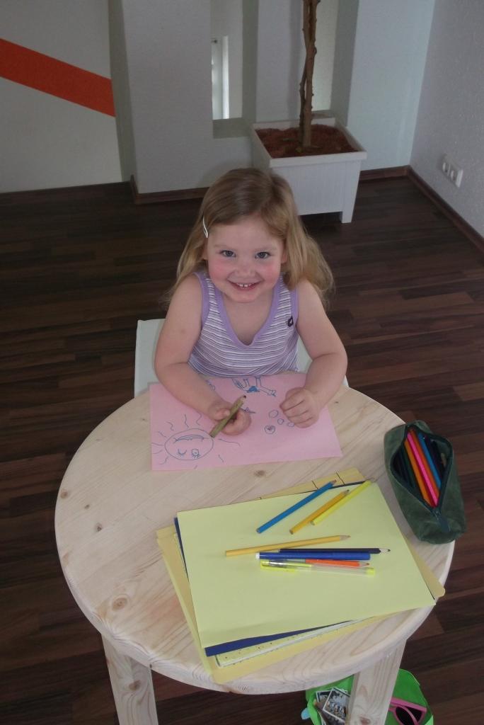 Projekt: Tisch für Kinderzimmer