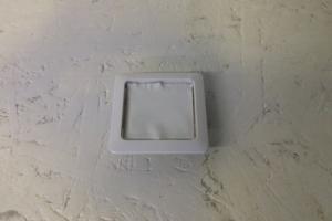 Lichtschalter lackieren