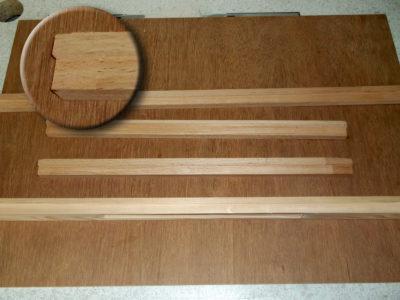 Holzrahmen für die selbst gebaute Tafel