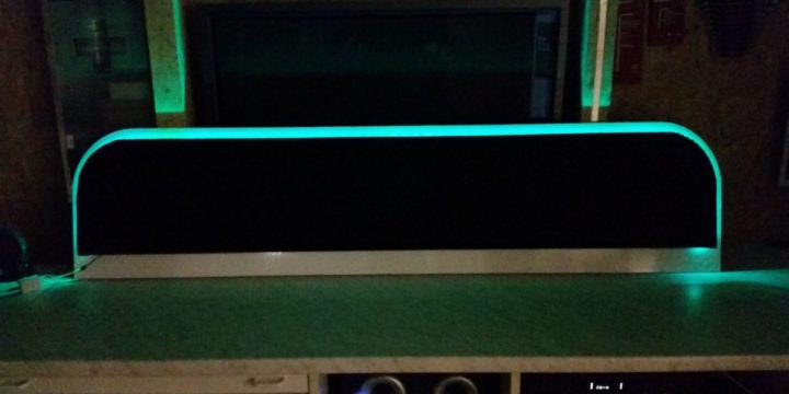 Bett Kopfteil selber bauen – mit Kunstleder und LED-Beleuchtung